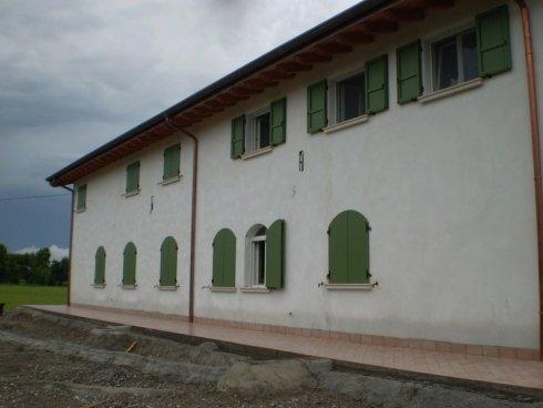 Persiane e serramenti in alluminio ad arco per abitazione privata Allfer Castenedolo Brescia