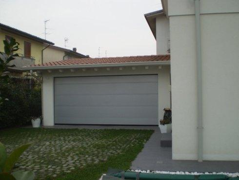 Porta sezionale in alluminio Allfer Castenedolo Brescia